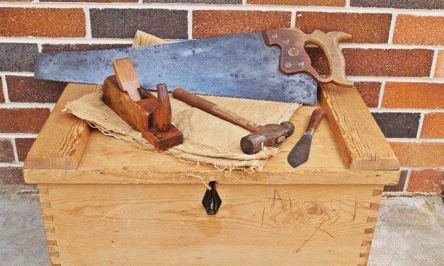 La scie sabre : Pourquoi cette scie est-elle autant prisée des bricoleurs?