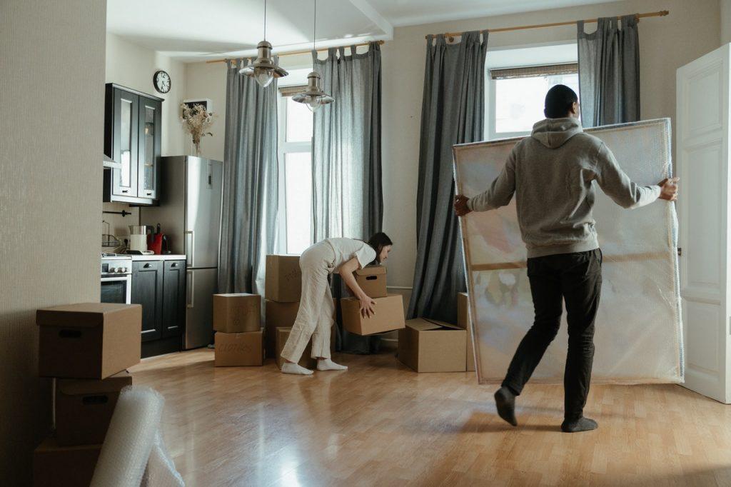 Préparation de carton pour déménagement