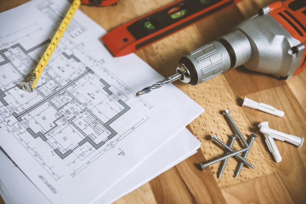 Outils, plan d'un chantier travaux de rénovation
