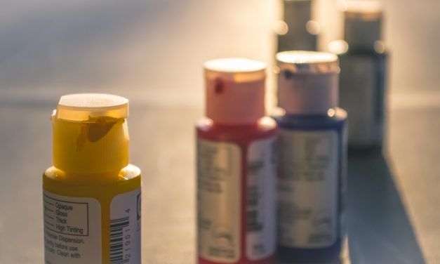 Comment Utiliser les Couleurs Primaires en Décoration ?