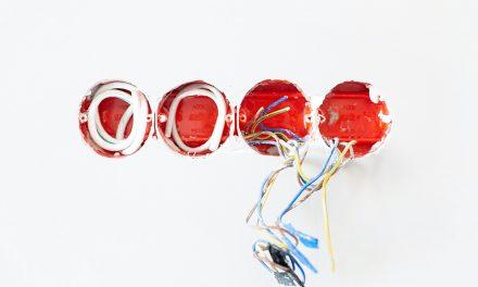 Comment Installer une Prise Schneider Electric ?